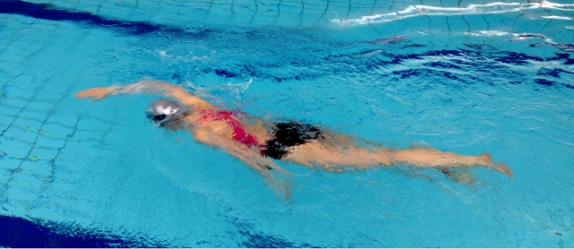 Svømmeøkt på Drammensbadet