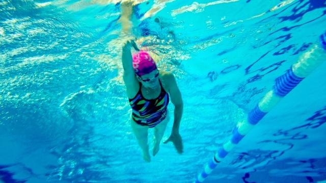 Charlotte på Drammensbadet
