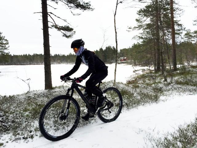Terrengsykling på vinteren i Drammensmarka