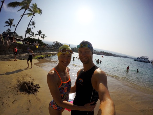 lars-petter-og-trude-stormo-tester-svommeloypa-ironman-hawaii-dig-me-beach