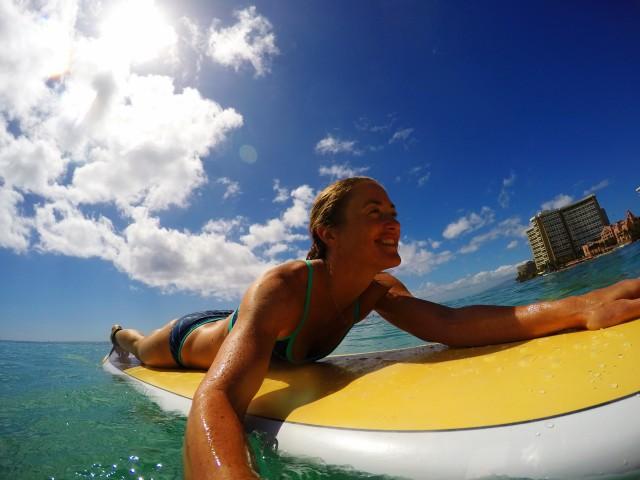 surfer-waikiki-2